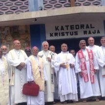 Kunjungan Para Uskup Kepulauan Salomon dan PNG di Tanah Papua