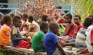 Kisah Guru Muda dan Tua di Pedalaman Papua