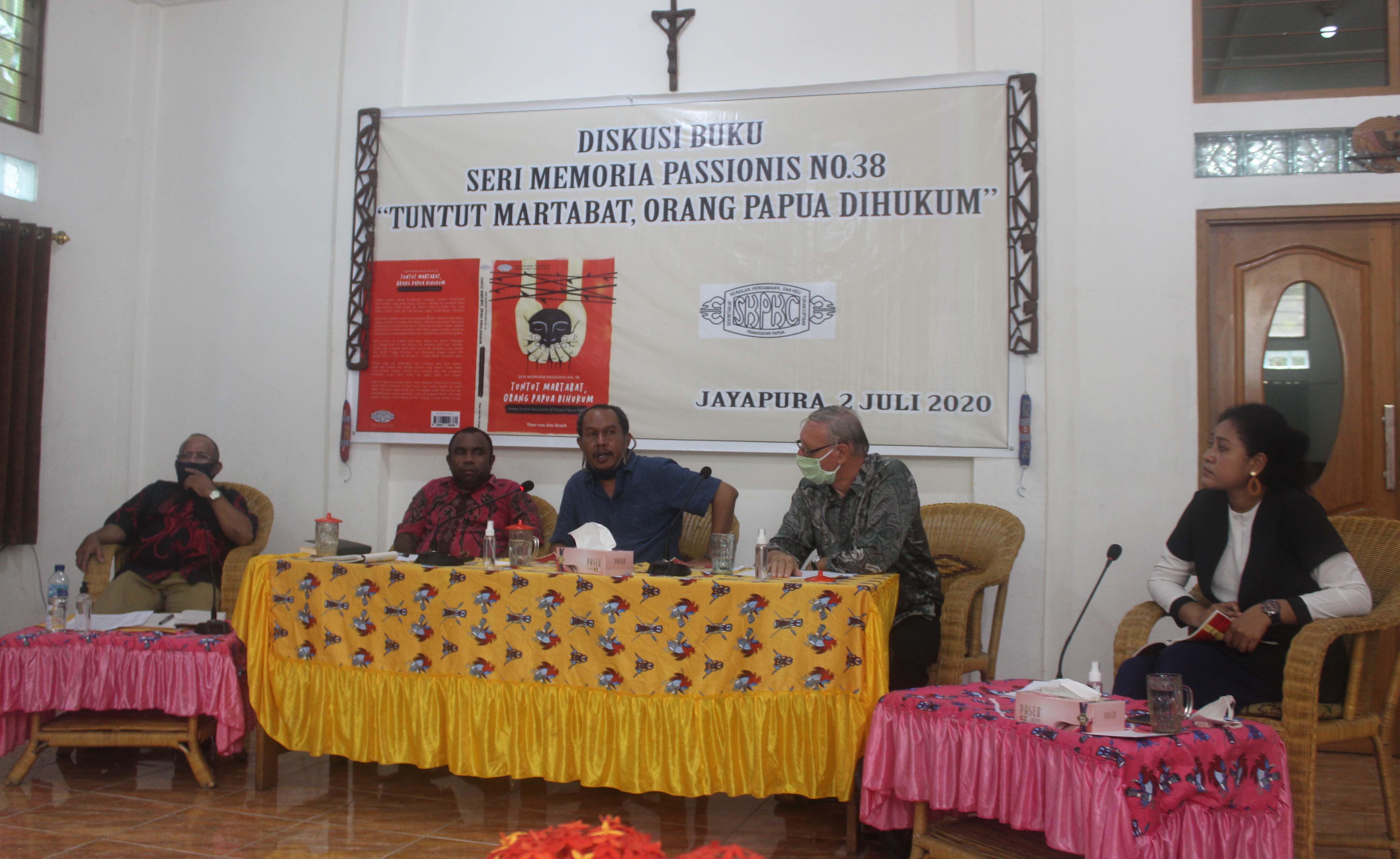 Buku Seri Memoria Passionis No. 38 'Tuntut Martabat, Orang Papua Dihukum' Dilaunching dan Didiskusikan