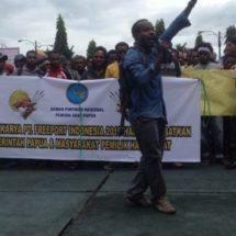 Pemuda Papua Demo Tuntut Amerika Kembalikan Freeport